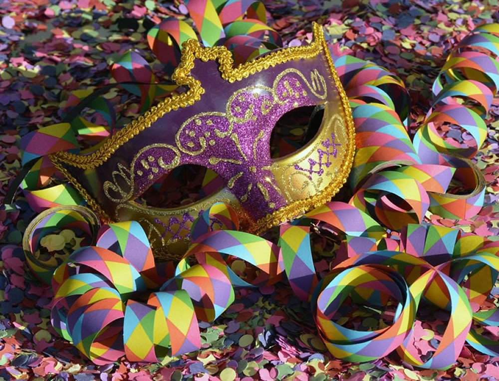 Shop with us: for Carnival!
